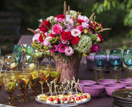 Decorations and Favors for Your Engagement Party